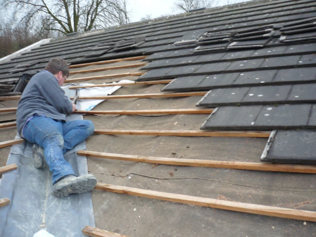 Get That Roof Repaired Properly